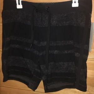"""Lululemon yoga shorts nwt 7"""" Jericho Short"""